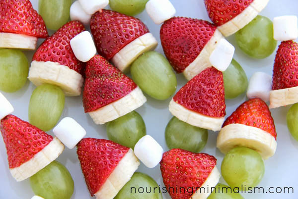 Christmas Fruit Desserts  25 Easy Christmas Desserts for a Sweeter Christmas