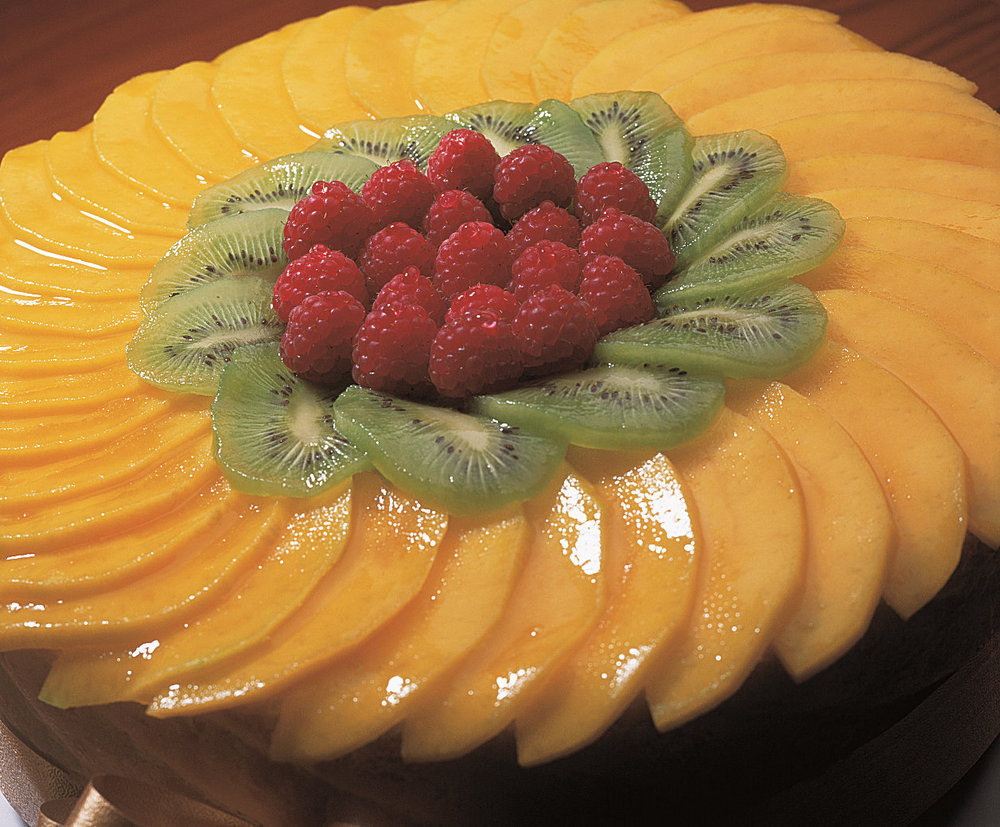 Christmas Fruit Desserts  A Special Dessert For Christmas Tropical Cake Filled