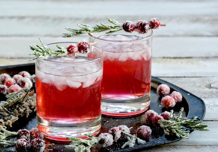 Christmas Gin Drinks  Sparkling Christmas Tree Cocktail
