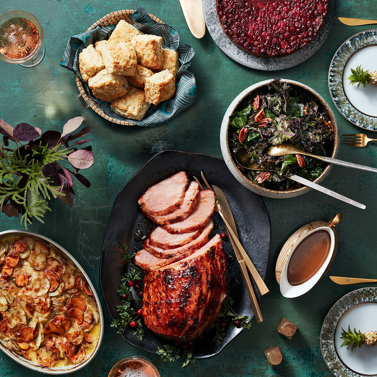 Christmas Ham Dinner Menu  Christmas Dinner Menu with Southern Style Ham & Biscuits