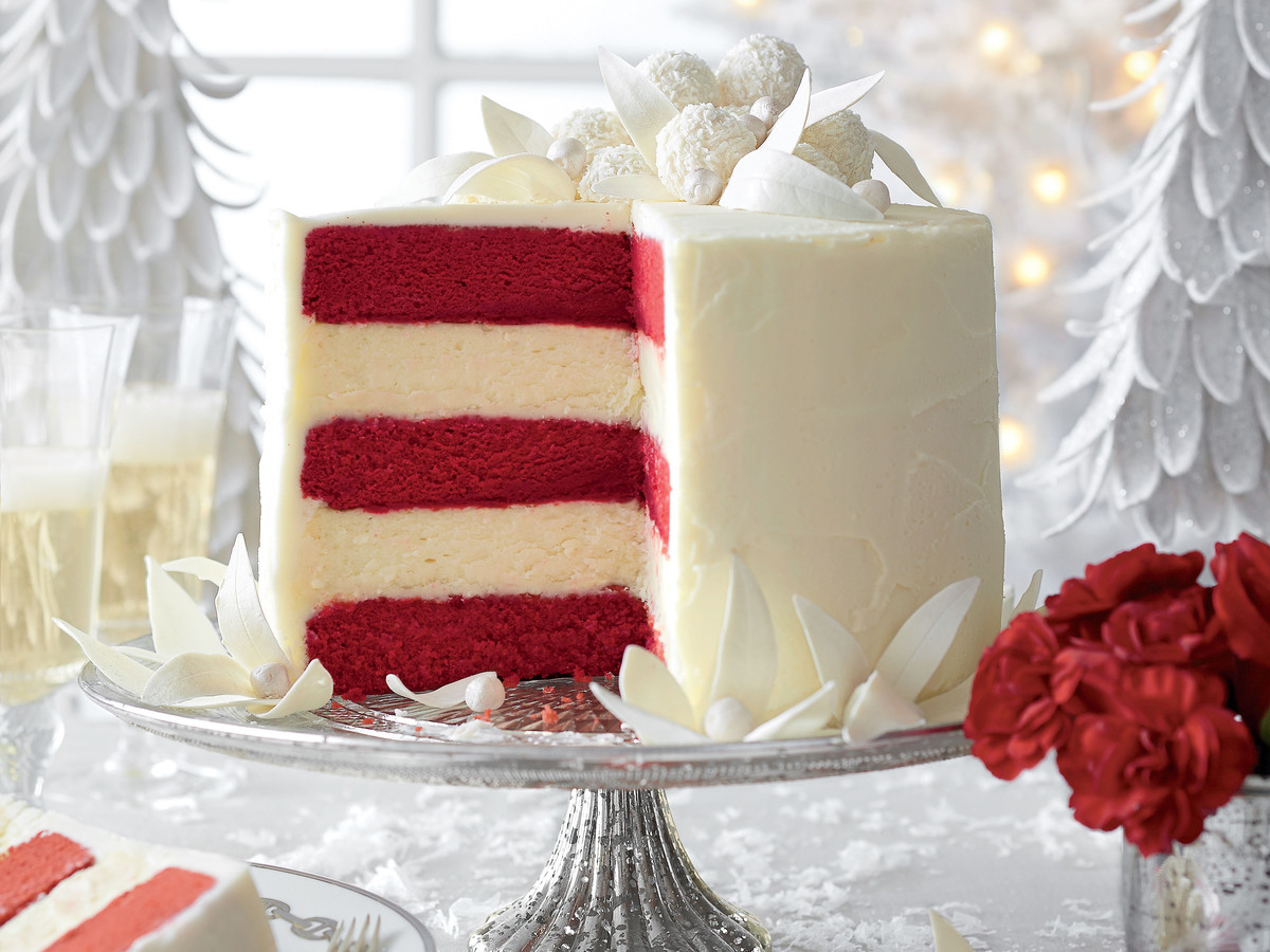 Christmas Holiday Cakes  Holiday Cake Ideas Perfect For Your fice Christmas Party