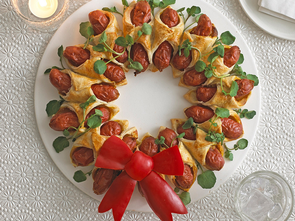 Christmas Hot Dogs  Mini Hot Dog Christmas Wreath