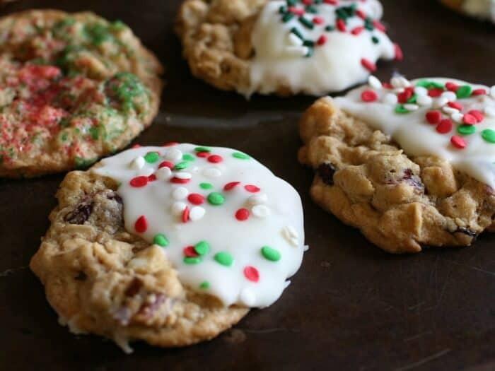 Christmas Oatmeal Cookies  Cranberry Oatmeal White Chocolate Cookies