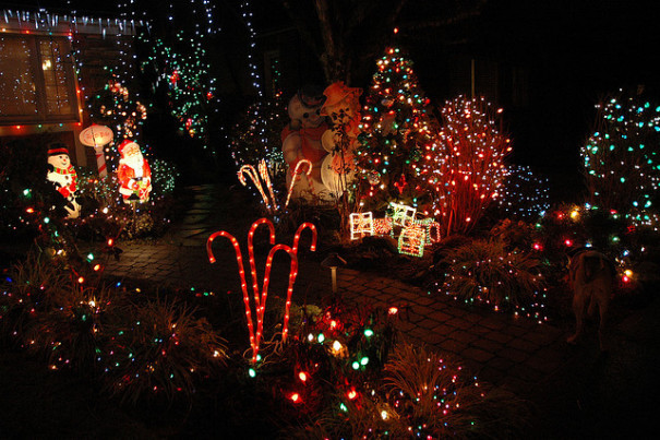Christmas On Candy Cane Lane  Where to See Christmas Lights in Seattle