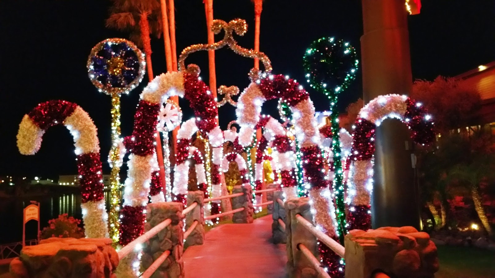 Christmas On Candy Cane Lane  Laughlin Buzz Candy Cane Lane at Pioneer Casino