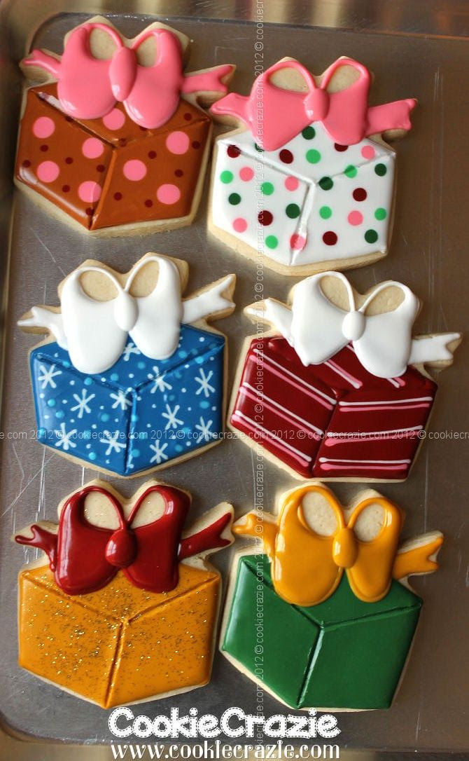 Christmas Present Cookies  388 best images about Beautiful cookies on Pinterest