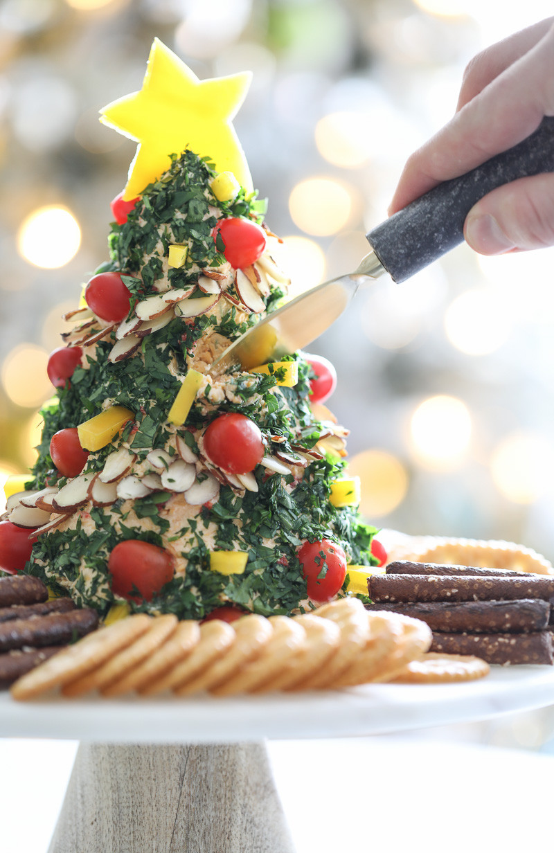 Christmas Recipes Appetizers  A Festive Christmas Tree Cheese Ball Appetizer Recipe