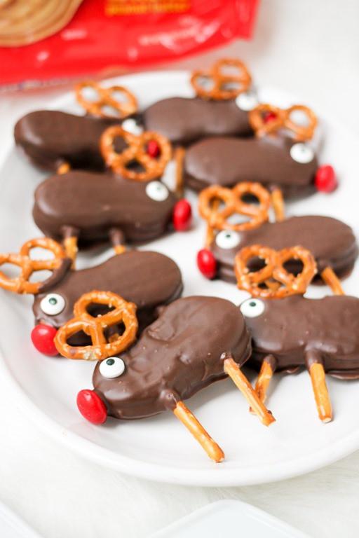 Christmas Reindeer Cookies  Holiday Reindeer Cookies Domestic Superhero