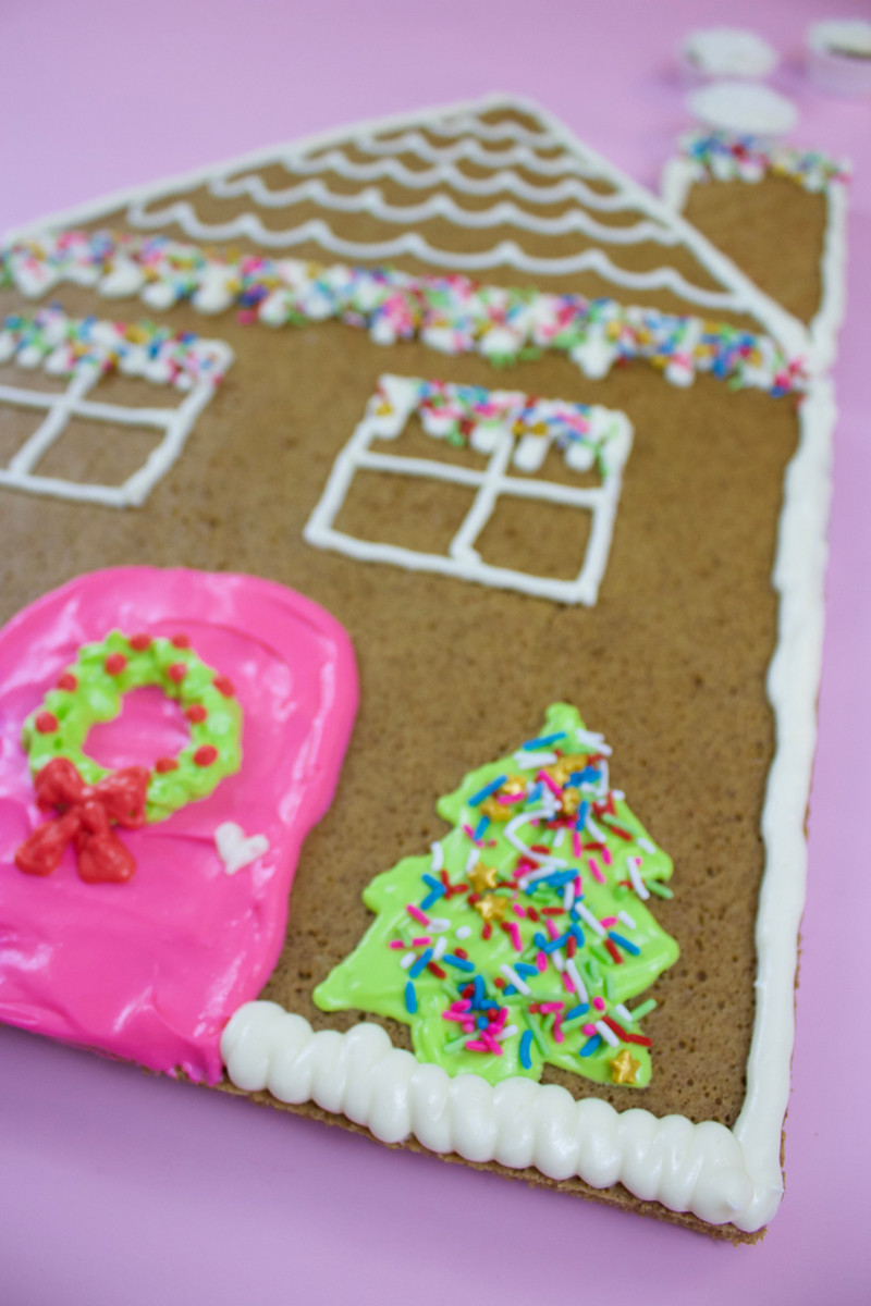 Christmas Sheet Cakes  Christmas Sheet Cakes As Colorful Gingerbread Houses • A