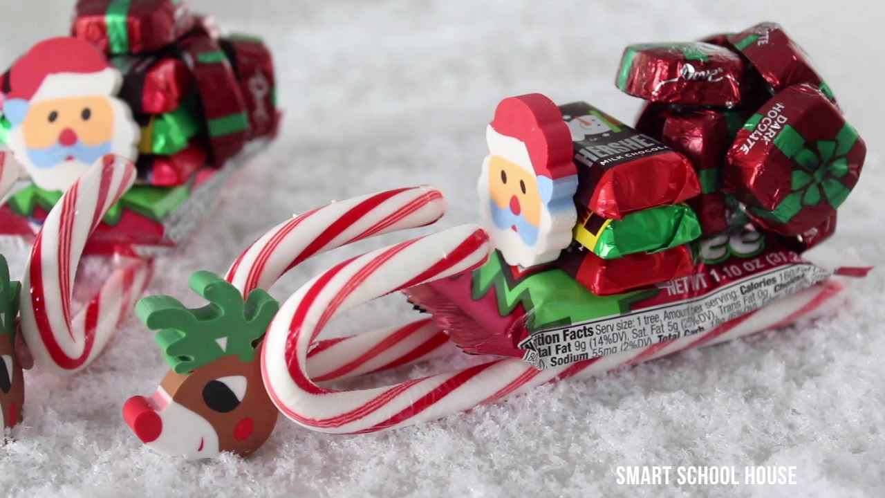 Christmas Sleigh Made Out Of Candy  How to Make a Candy Sleigh