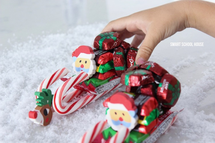 Christmas Sleigh Made Out Of Candy  How to Make a Candy Sleigh Smart School House