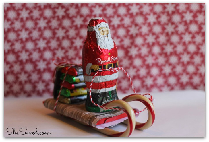 Christmas Sleigh Made Out Of Candy  Santa Candy Sleigh Christmas Craft SheSaved