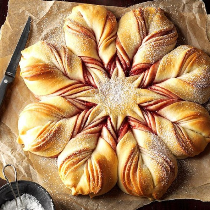 Christmas Star Twisted Bread  18 Red and Green Christmas Appetizers for a Real Holiday