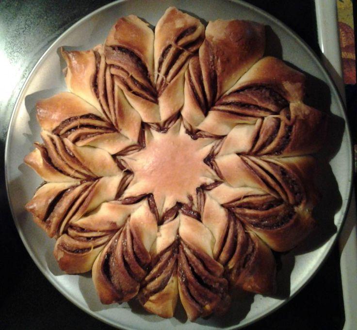 Christmas Star Twisted Bread  Best 25 Braided nutella bread ideas on Pinterest