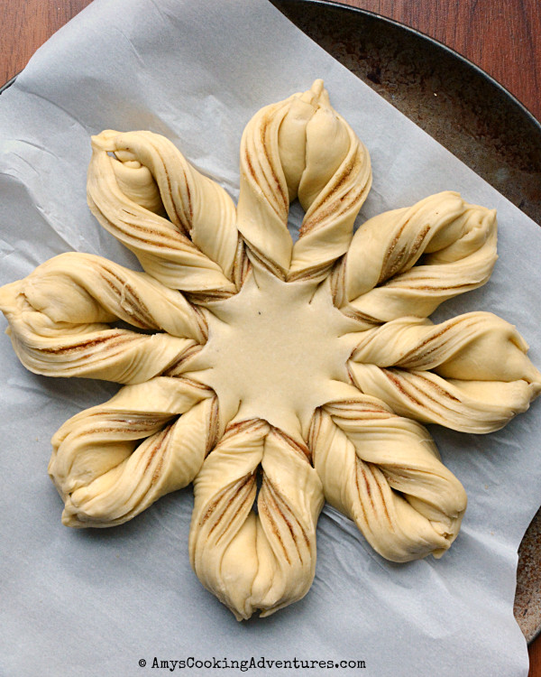 Christmas Star Twisted Bread  This bread is a show stopped anytime Mother's Day the 4