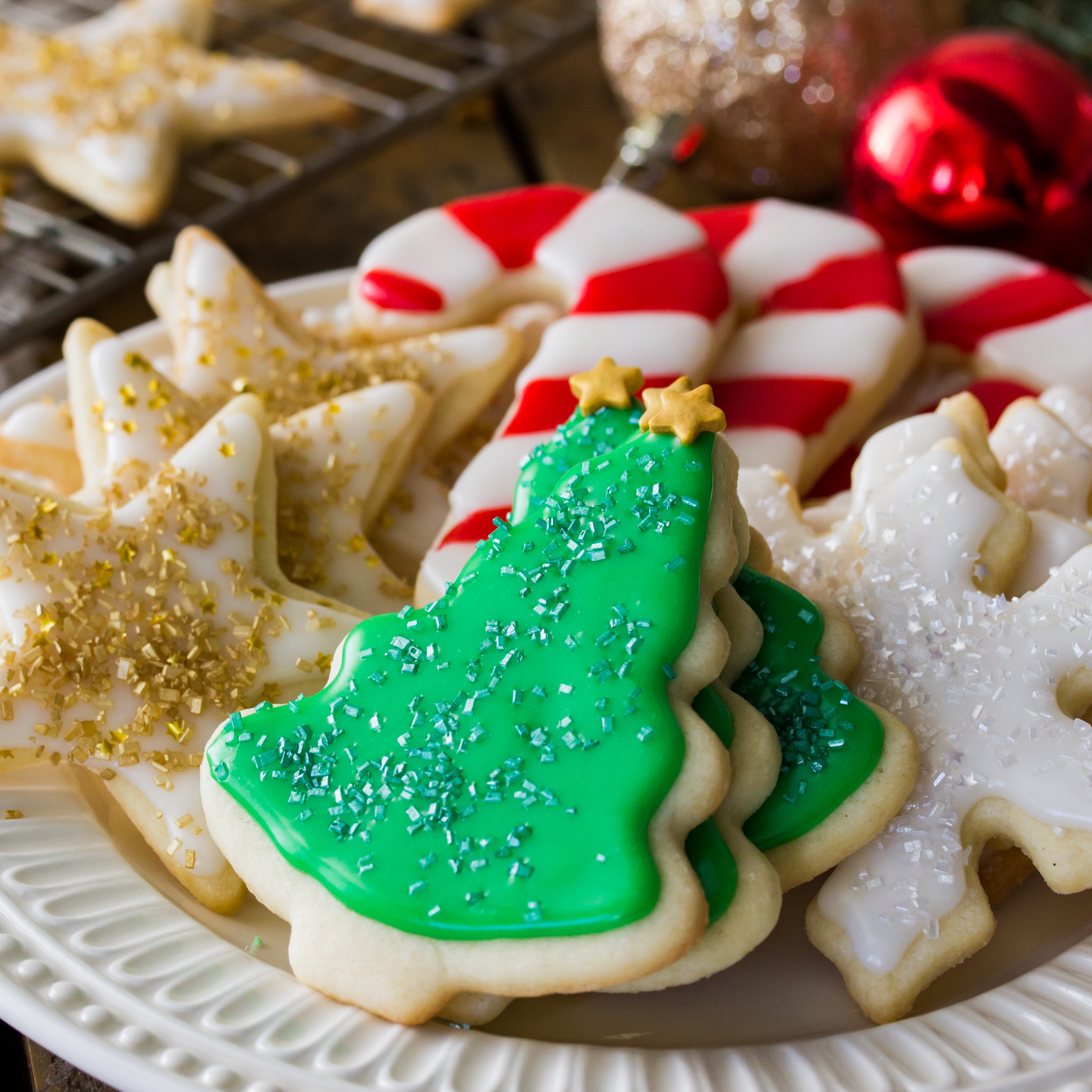 Christmas Sugar Cookies With Icing  Easy Sugar Cookie Recipe With Frosting Sugar Spun Run