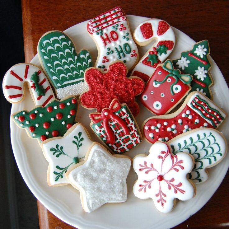Christmas Sugar Cookies With Icing  1000 ideas about Royal Icing Decorations on Pinterest