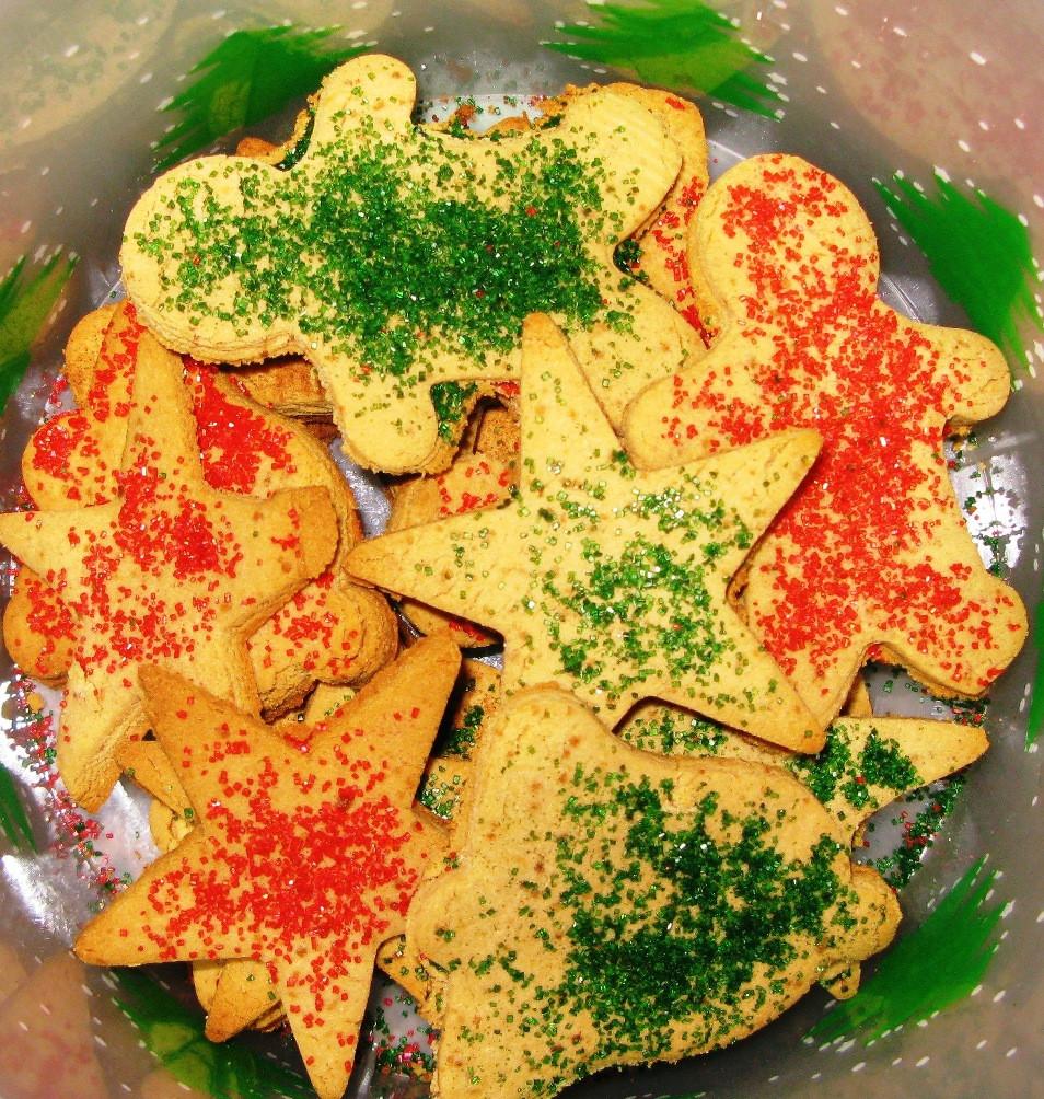 Christmas Sugar Cookies With Sprinkles  Christmas Cookies with Cinnamon Sugar Sprinkles Vegan