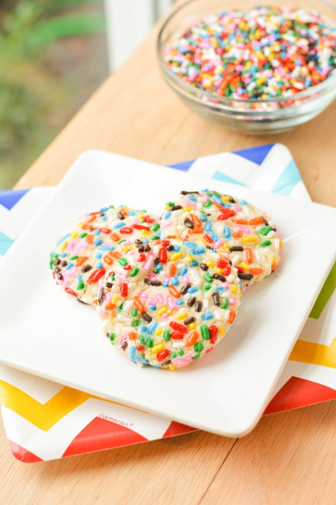 Christmas Sugar Cookies With Sprinkles  Sprinkle Sugar Cookies Macaroni and Cheesecake