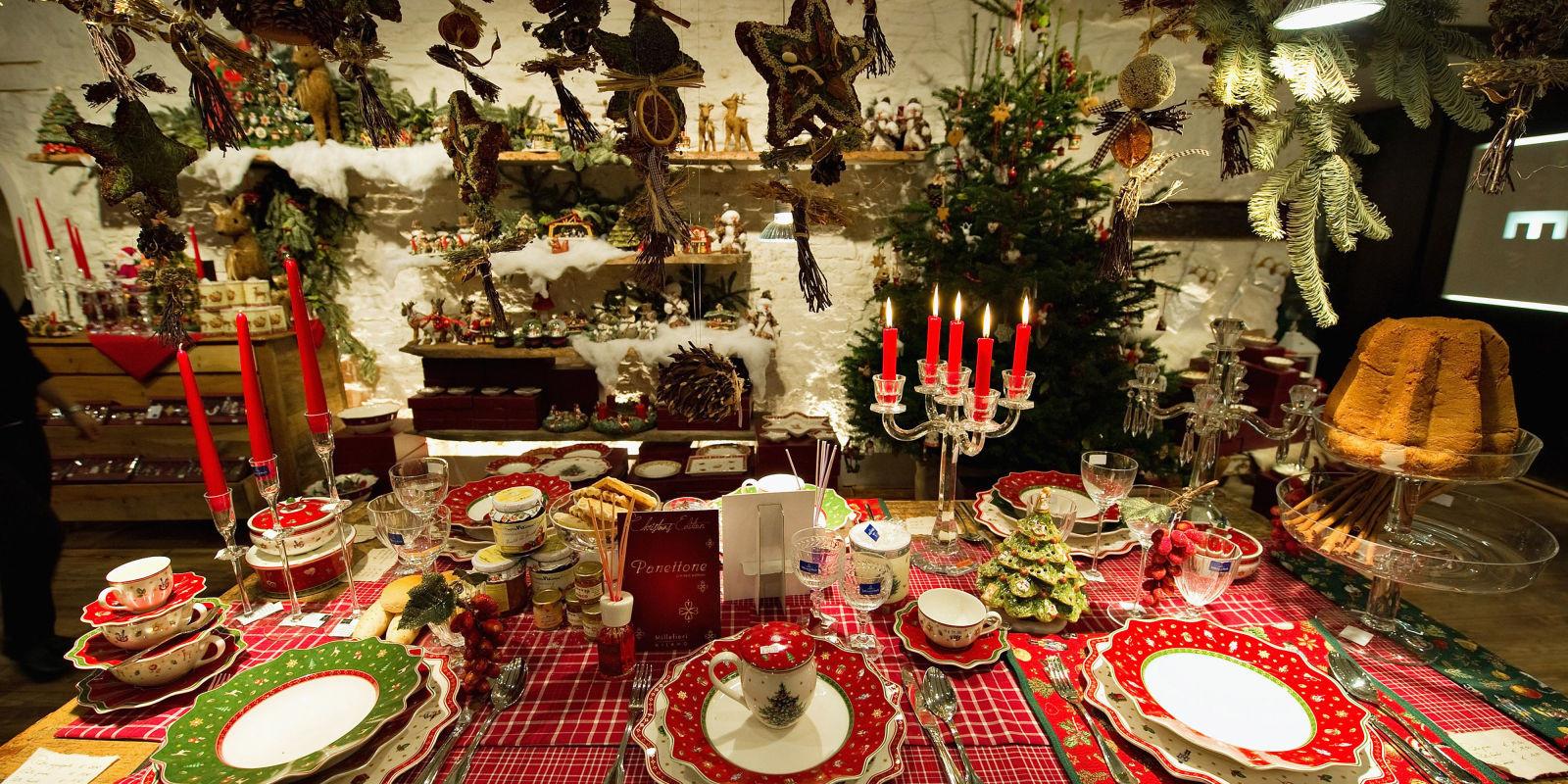 Christmas Theme Dinners  10 Christmas Table Settings 2016 Decoration Ideas for