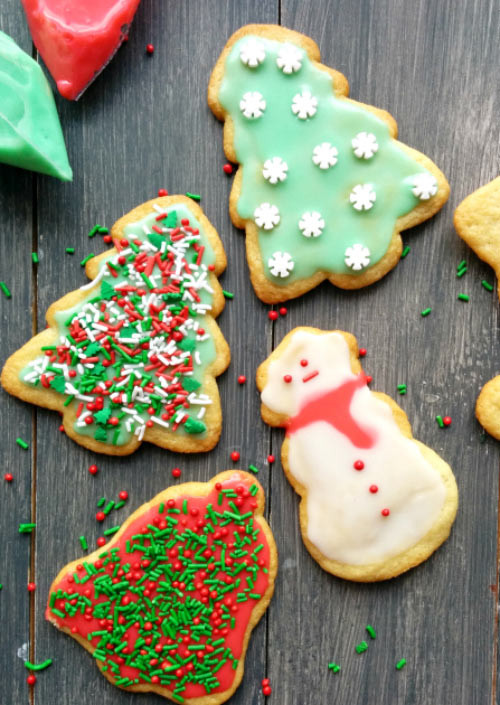 Christmas Themed Cookies  From Scratch Sugar Cookies With Easy Icing