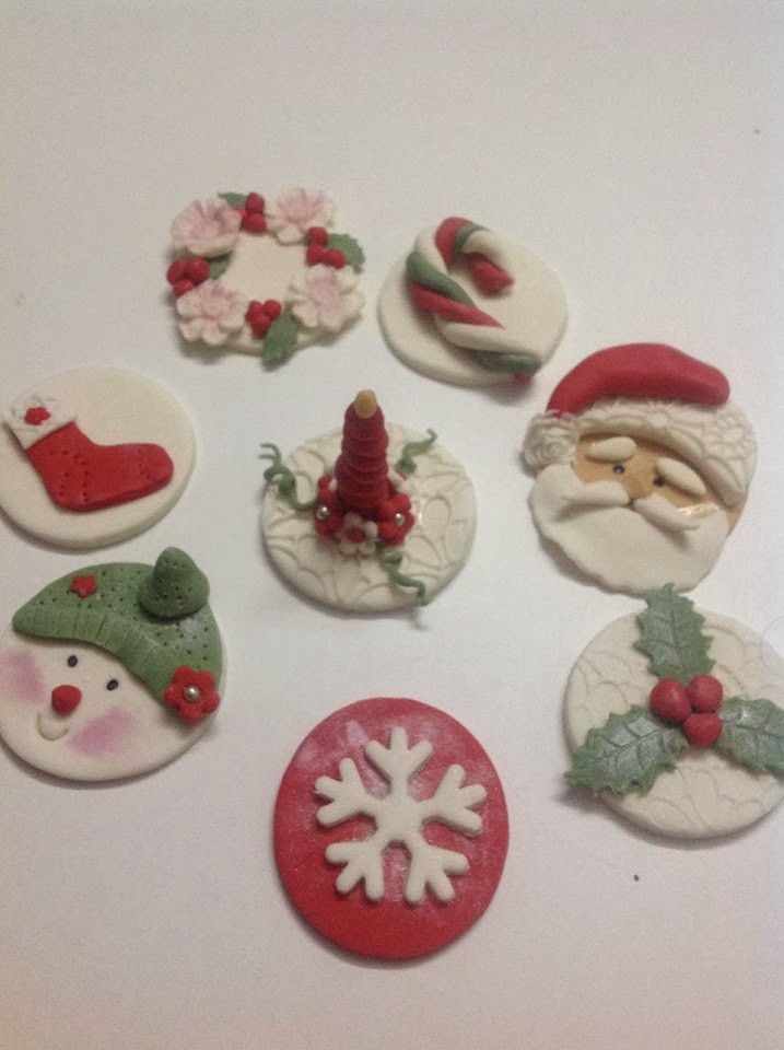 Christmas Themed Cupcakes  Ramblings about life and travel Sweet as sugar