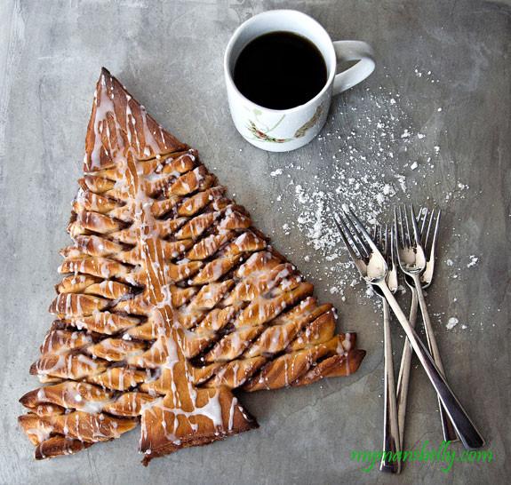 Christmas Tree Bread Recipe  A Christmas Morning Cinnamon Roll Recipe