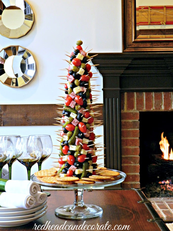 Christmas Tree Shaped Appetizers  Appetizer Tree Redhead Can Decorate