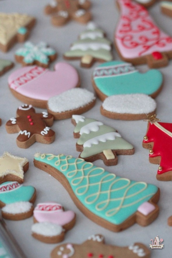 Colorful Christmas Cookies  Colorful Decorated Christmas Cookies & Brunelli Bedding
