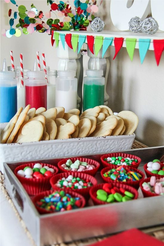 Cookies Christmas Party  Best 25 Cookie decorating party ideas on Pinterest