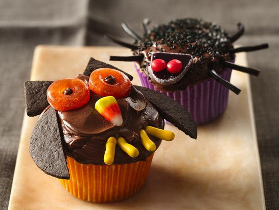 Cool Halloween Cup Cakes  COOL HALLOWEEN CUPCAKE IDEAS family holiday guide to