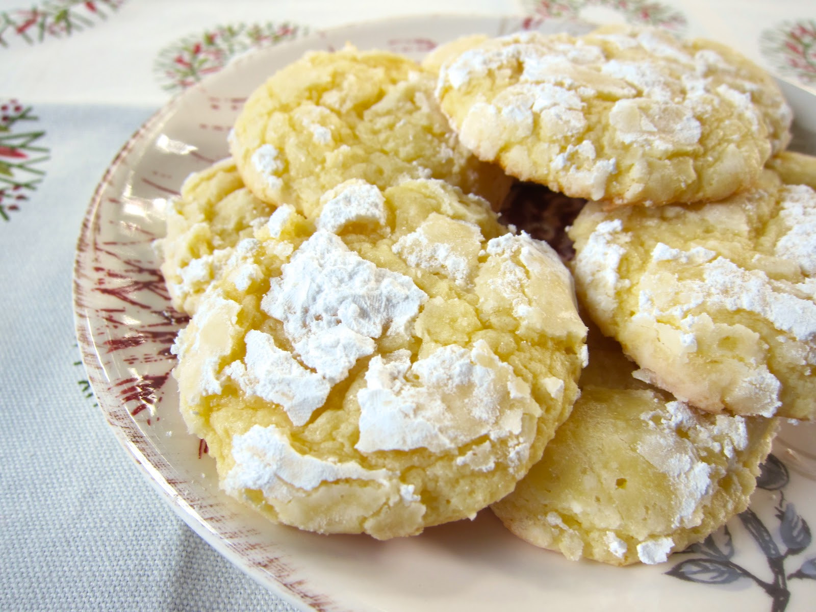 Cream Cheese Christmas Cookies  Almond Cream Cheese Crinkles