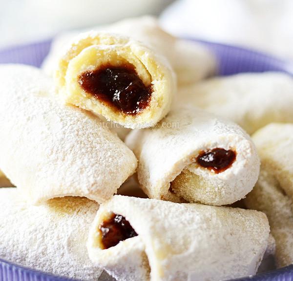 Croatian Christmas Cookies  Croatian Kifle