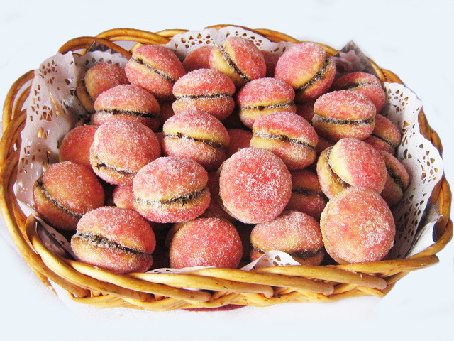 Croatian Christmas Cookies  Peaches Biscuits With Cocoa and Rum Breskvice Better