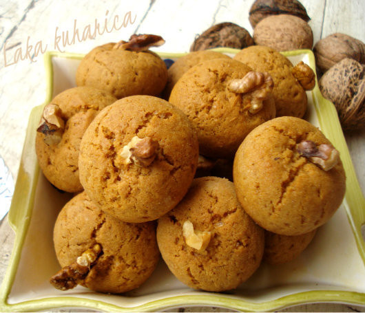 Croatian Christmas Cookies  Medenjaci Croatian Honey Spice Cookies Recipe by