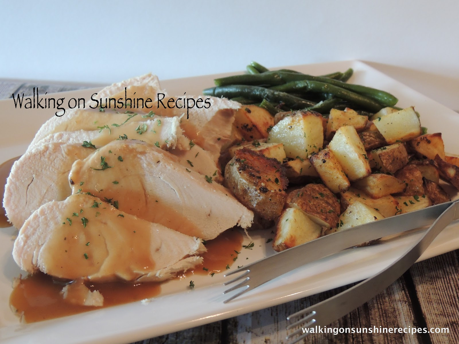 Crock Pot Thanksgiving Turkey  Roast Turkey in the Crock Pot Walking on Sunshine
