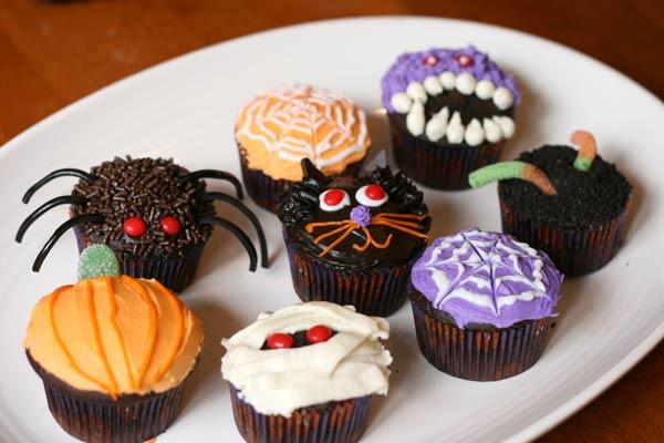 Cupcakes De Halloween  Fichas de Inglés para niños Halloween cupcakes
