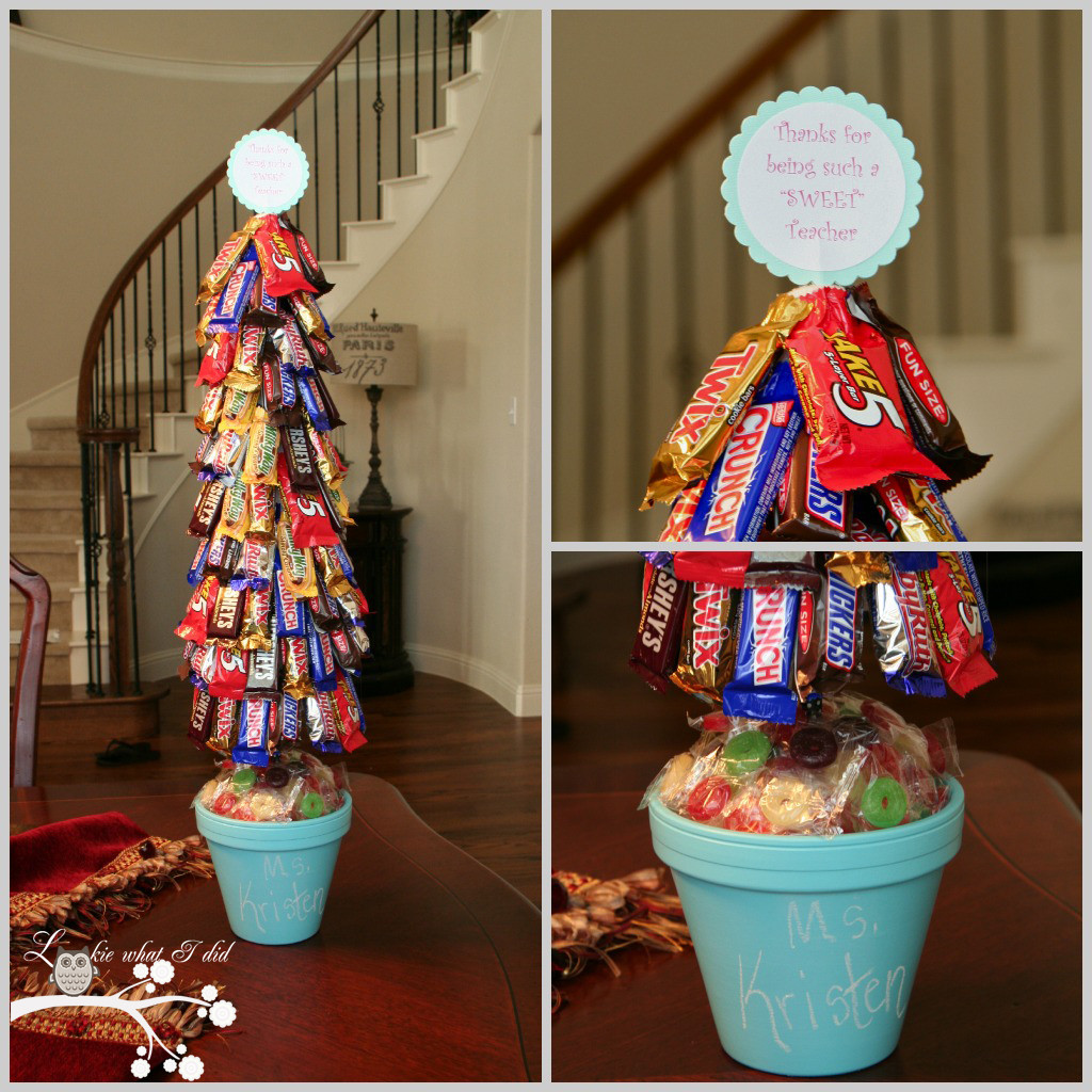 Cute Christmas Candy  Lookie What I Did A Candy Topiary