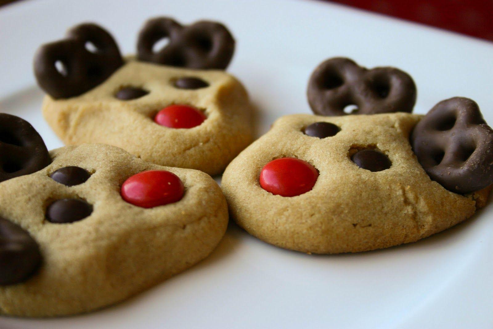 Cute Easy Christmas Cookies  Reindeer Cookies on Pinterest