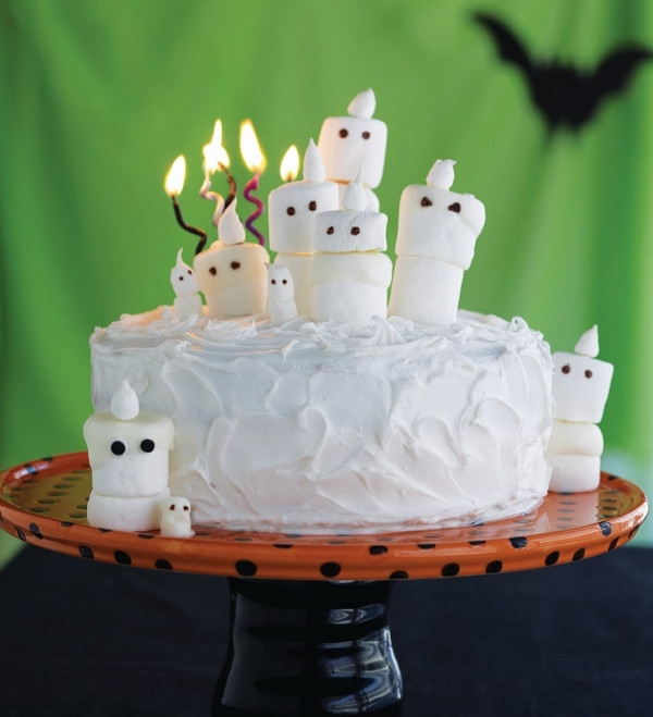 Cute Halloween Cakes  Non scary Halloween cake decorations – fun cakes for kids
