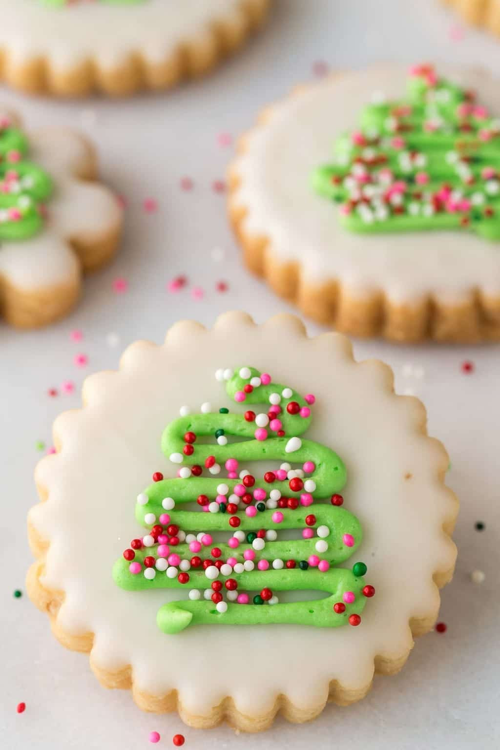Decorated Christmas Cookies Recipes  25 fantastic Christmas Cookie Recipes Foodness Gracious