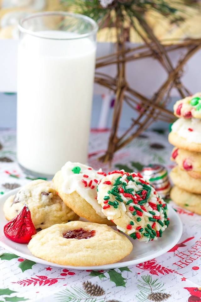 Different Christmas Cookies  Five Christmas Cookies e Dough Cookie Dough and Oven Mitt