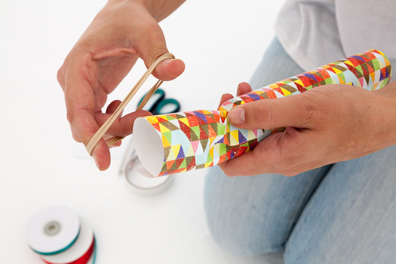 Do It Yourself Christmas Crackers  Do It Yourself Festive Crackers The Orms graphic Blog