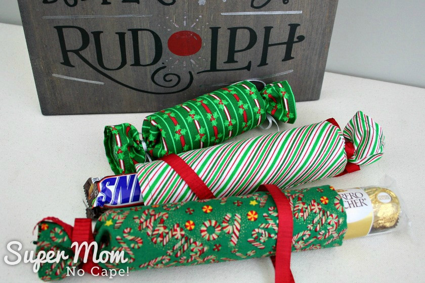 Do It Yourself Christmas Crackers  DIY Fabric Christmas Crackers Lots of Filler Ideas