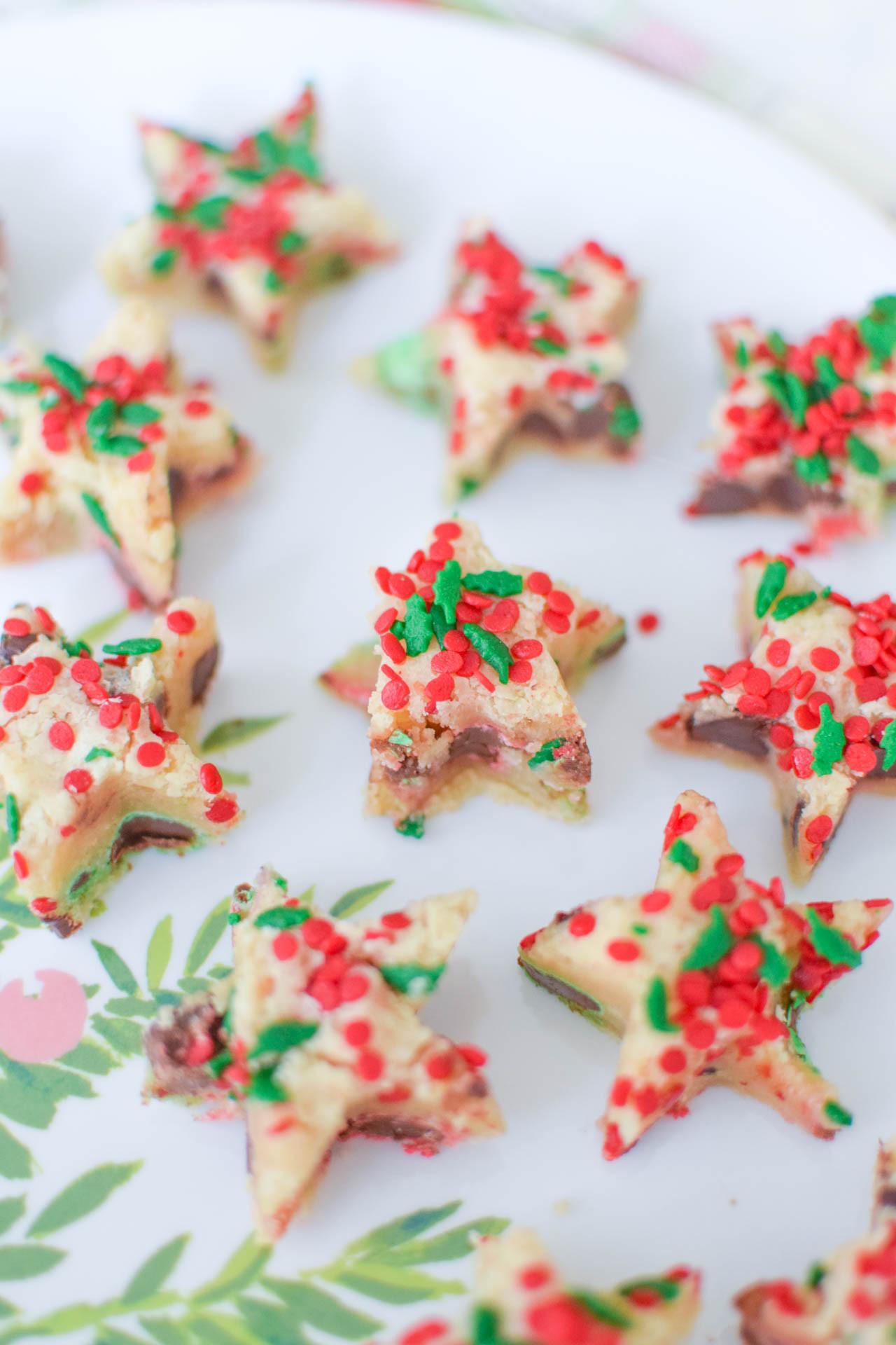Easy Christmas Bar Cookies  Easy Christmas Cookie Bars