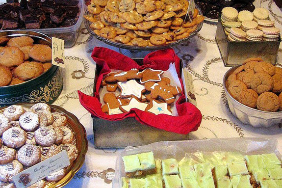Easy Christmas Cookies For Cookie Exchange  How to host a memorable holiday cookie swap