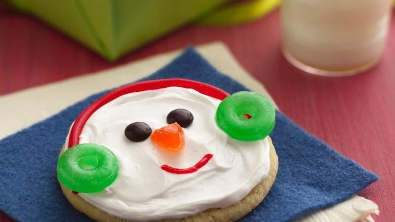 Easy Christmas Cookies To Make  Easy Snowman Cookies recipe from Betty Crocker