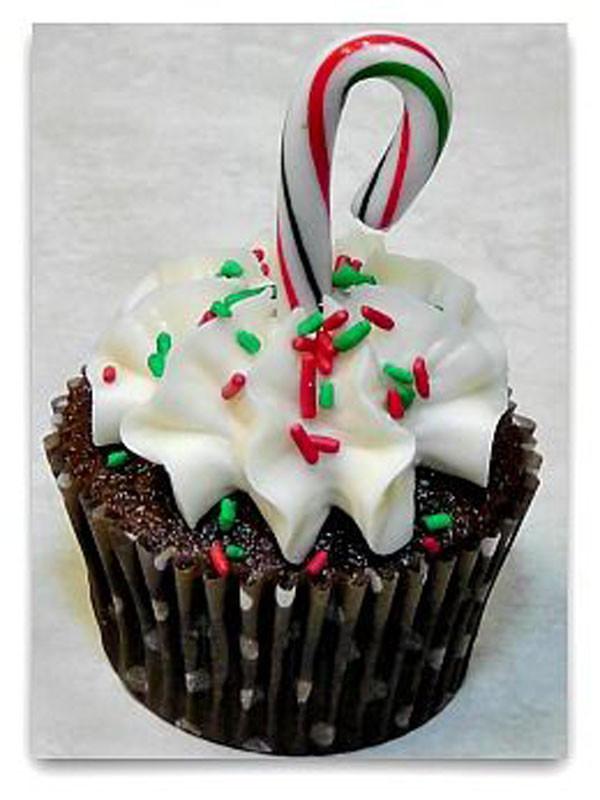 Easy Christmas Cupcakes  19 Incredibly Cute Christmas Cupcakes Christmas