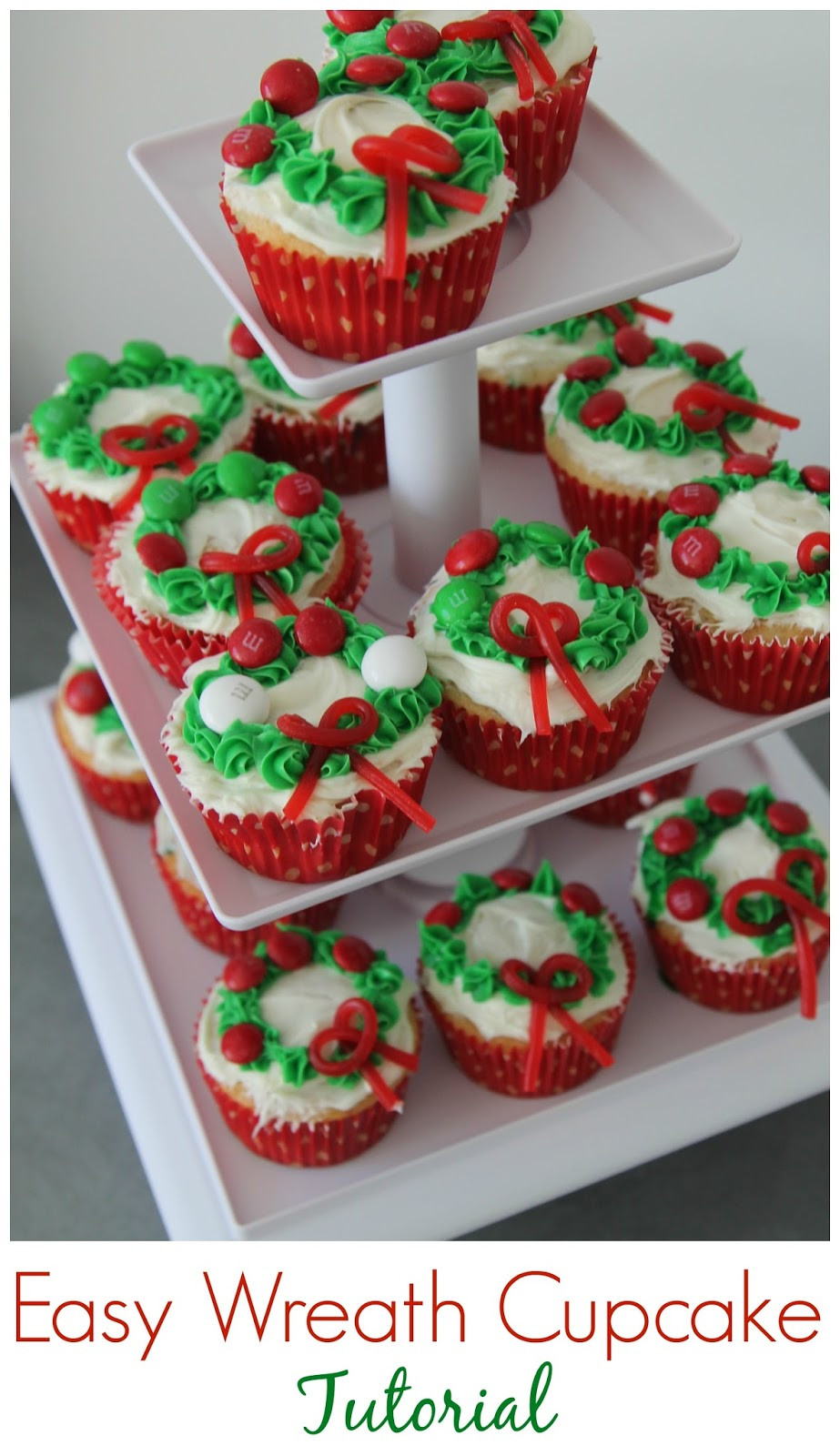 Easy Christmas Cupcakes  Easy Christmas Wreath Cupcakes The Chirping Moms