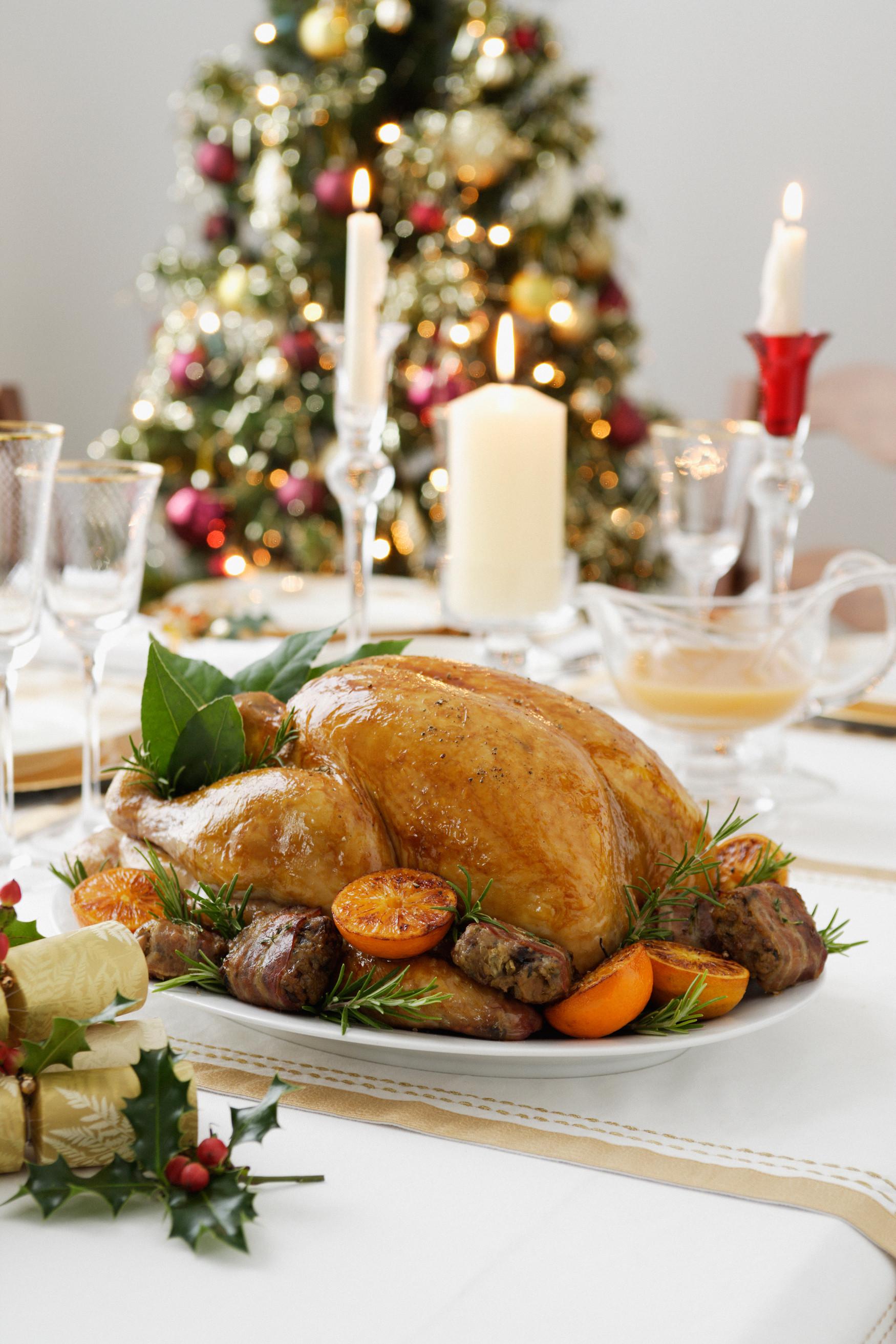 Easy Christmas Dinner  5 Easy Christmas Dinner Menu Ideas plete Christmas Dinner Menus Country Living
